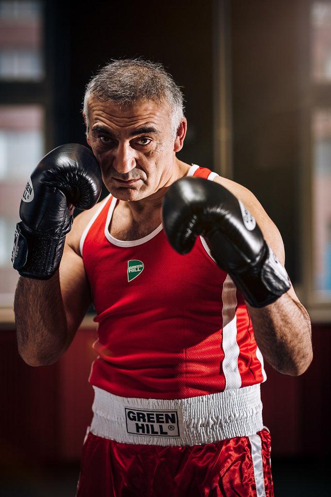 Sifa Keles (Boxer)
